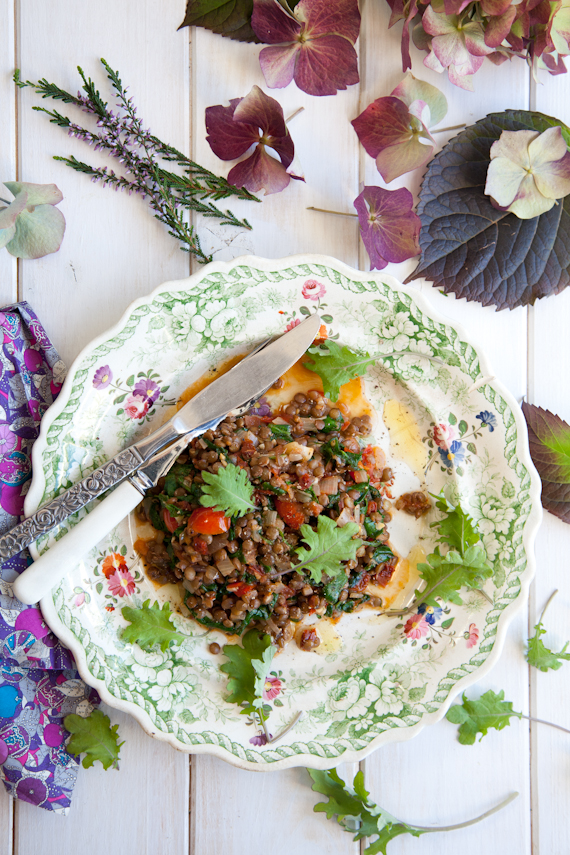 melted greens & tomatoes w lentils-9050