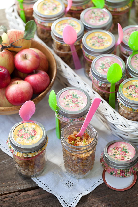 raw-apple-pie-in-jar-5362